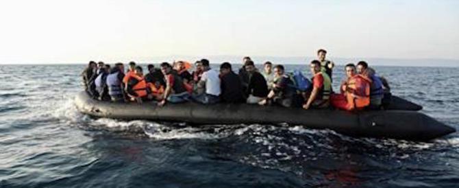 """Migranti, lunedì i primi rimpatri dei 184 sbarcati a Lampedusa. Il Viminale: """"Saremo rapidi"""""""
