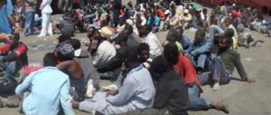 Un'altra protesta dei migranti: «Non vogliamo parlare con operatrici donne»