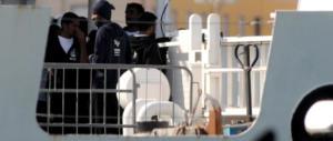 Fermati quattro presunti scafisti. Erano a bordo della nave Diciotti