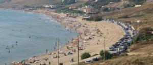 Ferragosto, il sindaco di Sciacca vieta i falò e le tende in spiaggia