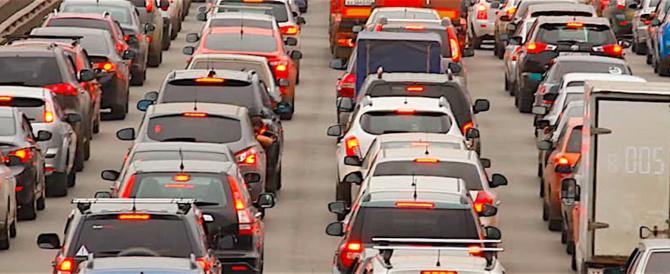 Auto, con le nuove immatricolazioni inquinamento giù del 22% in 10 anni