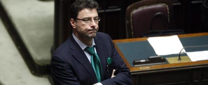 """L'allarme di Giorgetti: """"Mi aspetto un attacco dei poteri forti contro l'Italia"""""""