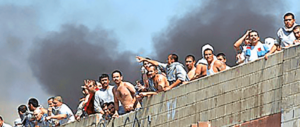 Agosto infernale nelle carceri del Lazio: aggressioni, risse, incendi