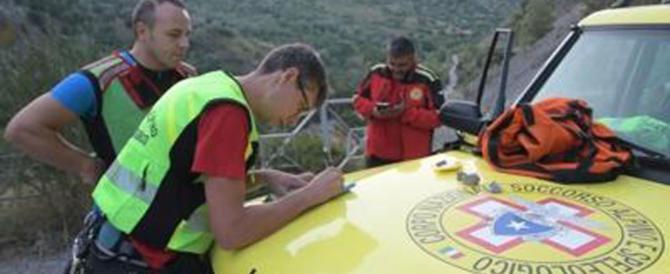 Tragedia sul Pollino, travolti dal fiume di fango: le vittime sono già dieci