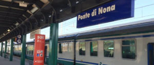 Roma, due rom aggrediscono ragazza a Ponte di Nona: coltello alla gola