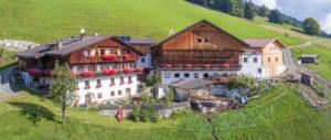 Non si vende casa agli italiani: l'Alto Adige vara una legge per i residenti