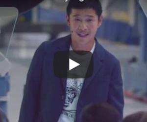 Miliardario giapponese sarà il primo turista che andrà sulla Luna (video)