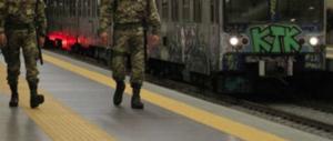 Alla stazione di Ostia con un'ascia: fermato immigrato