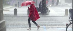 Meteo, cambia tutto: temporali e crollo di temperature. Arriva la prima neve