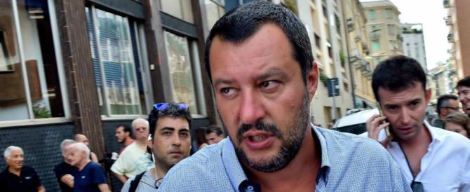 """Salvini: """"Migranti in arrivo in charter? Chiuderemo gli aeroporti"""""""