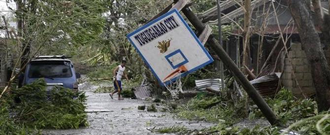 Filippine, il tifone Mangkhut causa 29 morti e ora punta verso la Cina