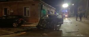 Terrore a Legnago, marocchino ruba un camion e si scaglia contro le auto