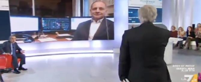 «Sei la controfigura di Savona»: scintille tra Gasparri e Rinaldi in tv (video)