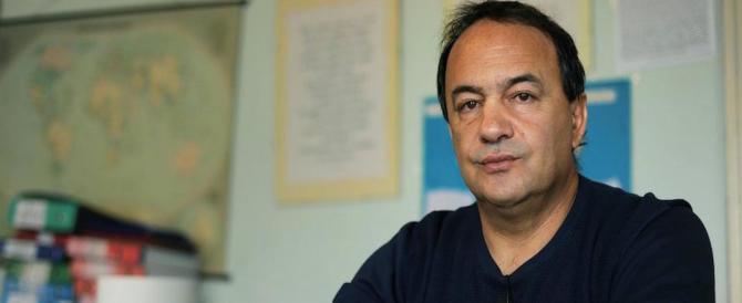 Favoriva l'immigrazione clandestina: arrestato il sindaco di Riace, pupillo di Saviano