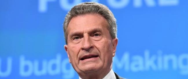 Oettinger minaccia: «L'Ue boccerà la manovra». Salvini e Di Maio: «Non la cambieremo»