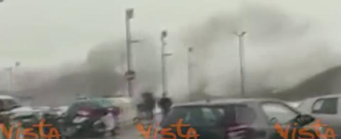 Rapallo, scenario apocalittico: il momento del crollo della diga (video)