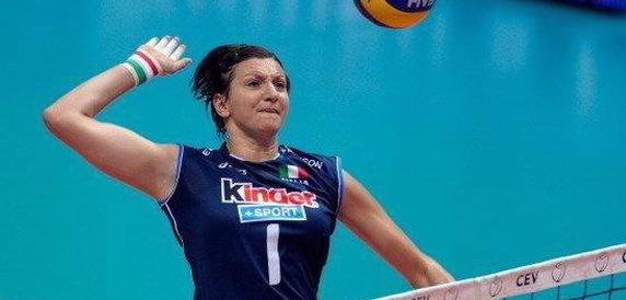 Addio a Sara Anzanello, campionessa mondiale di pallavolo: aveva 38 anni