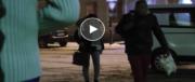 Migranti portati al confine italiano da passeur in divisa: il video che inchioda la Francia (VIDEO)