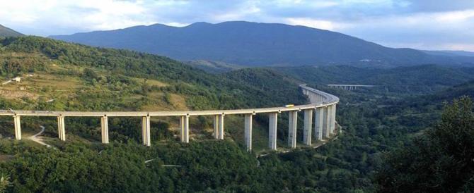 Allarme autostrade in Abruzzo. Toninelli: «Non mi fanno dormire la notte»