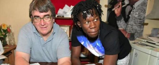 Soccorso rosso per don Biancalani: avrà un nuovo centro per migranti