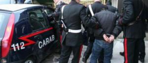 Roma, da spazzino modello a rapinatore: scippa un'anziana a Prati