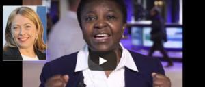 L'ultimo delirio della Kyenge: «In Italia c'è l'apartheid». Meloni: «Chieda scusa» (video)