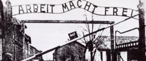 Morto lo storico Faurisson: negò le camere a gas e lo sterminio degli Ebrei