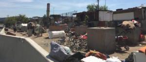 Roma, oltre i rom, altri migranti: esplode la rabbia dei residenti a Salone