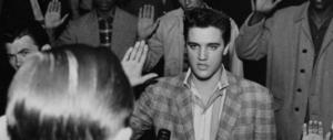 Trump premia il patriota Elvis Presley: medaglia postuma della Libertà