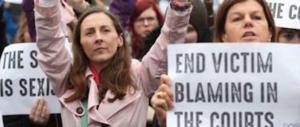 Irlanda, il tanga di pizzo giustifica lo stupro. Assolto un violentatore di 27 anni