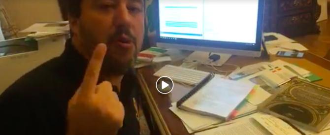 """Salvini: """"Archiviate le accuse contro di me sulla Diciotti. E l'8/12 in piazza contro la Ue"""""""