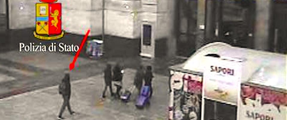 Il terrorista Amri alla Stazione Centrale di Milano