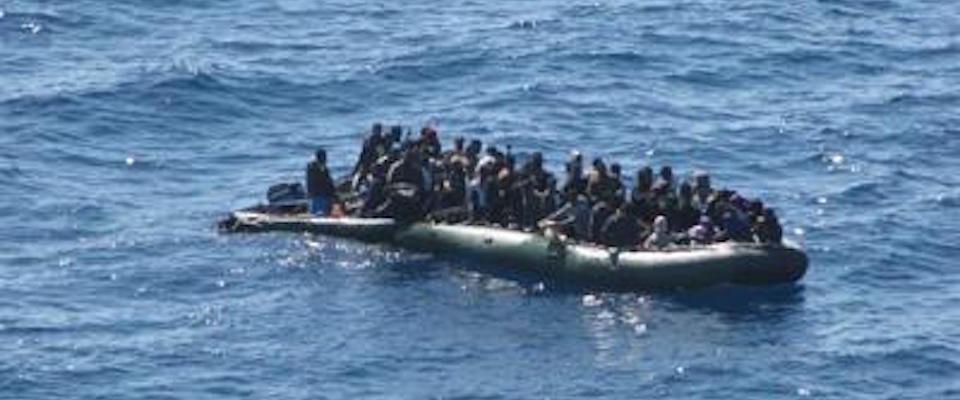 Ora i pm accusano la Guardia Costiera italiana per il soccorso agli immigrati