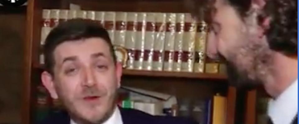 """I video segreti della Sarti. L\'ex alle """"Iene\"""