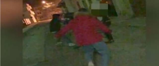 Le immagini del terribile pestaggio del pensionato di Manduria, Antonio Stano, da parte della baby-gang