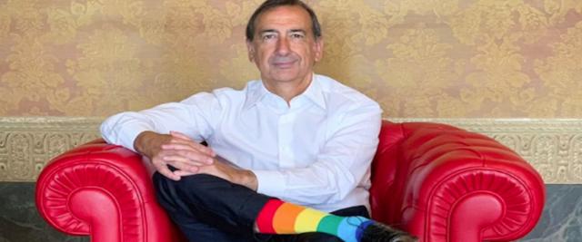 L?attuale sindaco di MIlano GIuseppe Sala, esponente del Centrosinistra ed ex-commissario Expo, condannato a sei mesi di reclusione per falso materiale ed ideologico