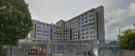 Il Commissariato di Rifredi i cui agenti hanno arrestato il pusher marocchino che li ha scambiati per clienti