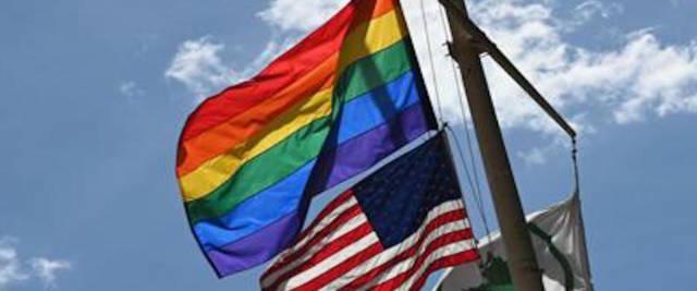 siti di incontri gay NJ Louisiana incontri di legge, mentre separati