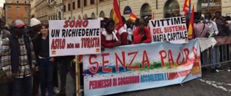 Manifestazione di richiedenti asilo a Roma