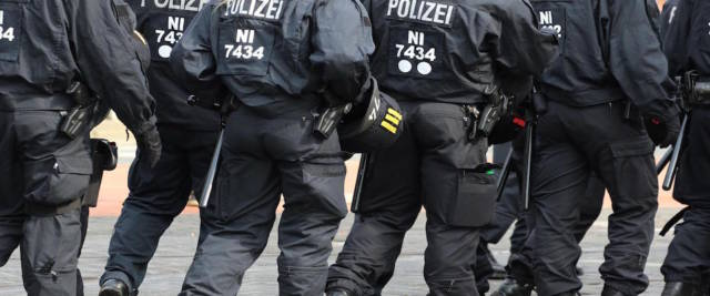 polizia tedesca per la rapina a Berlino foto Ansa