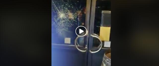 Schermata 2020-01-10 alle 15.41.47 tunisino semina il panico in un locale di Venezia frame dal video postato su Fb dalla Meloni