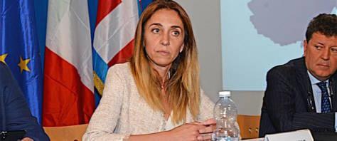 tasse Elena Chiorino fratelli d'italia