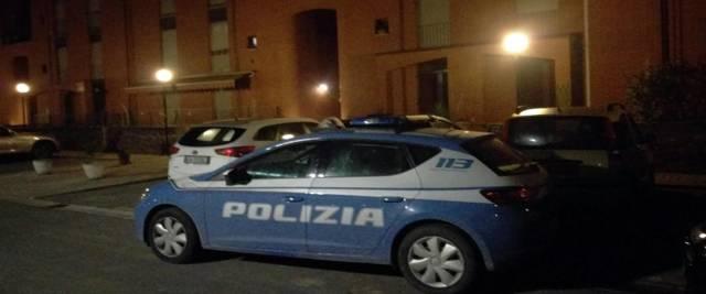 volante della polizia foto Ansa