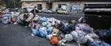 Emergenza rifiuti Roma foto Ansa