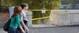 suicida a Ponte Sisto salvato dagli agenti foto Ansa