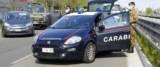 straniero fugge all'alt dei carabinieri foto Ansa