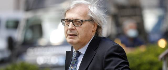 Vittorio Sgarbi foto Ansa
