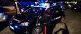 Carabinieri intervengono per una rapina alla banca foto Ansa