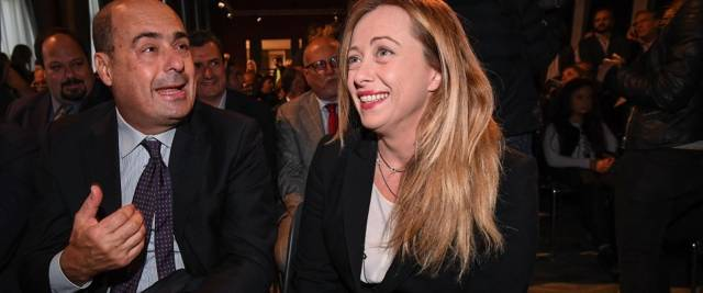 Giorgia Meloni in un'immagine accanto a Nicola Zingaretti foto Ansa