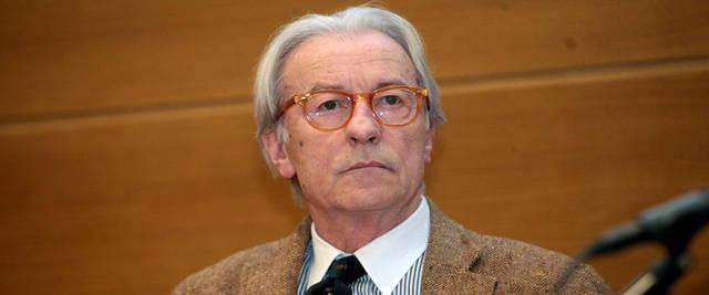 """E' durissimo, Vittorio Feltri, nel suo editoriale di inizio settimana su """"Libero"""". Il giornalista (non più iscritto all'Ordine) ne ha per tutti:"""